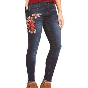 Kut from the Kloth Donna Floral Embroidered Jeans